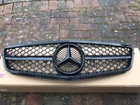 Mercedes c220/c250 coupe high gloss black grille/grill