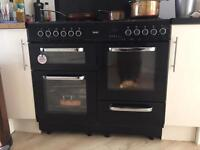 Range style oven