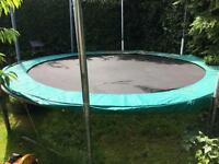 13 foot trampoline with brand new net