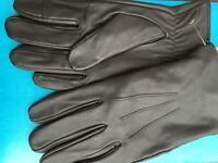Men's brown leather gloves