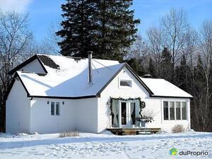 329 900$ - Maison 2 étages à vendre à Lac-Beauport