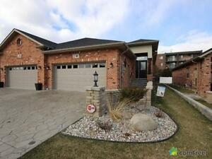 $324,900 - Townhouse for sale in Leamington