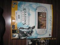LIMITED EDITION PSP ASSASSINS CREED BLOODLINE ENTERTAINMENT PACK