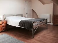 Beautiful room to rent in BD2