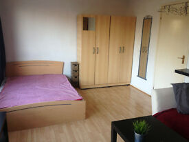 MILE END, ZONE 2, NO AGENCY FEES!!!!! PRIVATE LANDLORD, ALL BILLS INCLUDED!