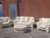 Fantastic chesterfield style sofa suite. 3 seater sofa, 2 armchairs.good used condition. can deliver