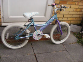 "GIRLS 18"" WHEEL RALEIGH BIKE IN GREAT WORKING CONDITION AGE 5+"