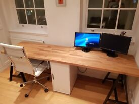 Large office desk. Excellent condition