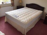 ~Quality ~Sealy ~Posturepedic ~ Queen Mattress & Bed ~ VGC~