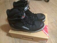 Alpina 1650 Nordic cross country ski boots