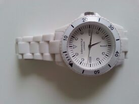 watch(can be good for woman and man)