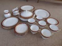 Selection of 'Royal Grafton' Majestic Ware Porcelain.