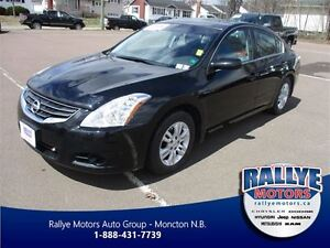 2011 Nissan Altima 2.5 S, Sunroof, Fully Equipped