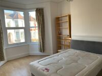 Newly Decorated 4 Bed Triplex Maisonette, Haringey / Finsbury Park