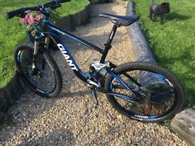 Giant Trance X2 2011 17.5 Full Sus Mountain Bike (Little use over the last 4 years due to illness)