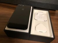 Iphone 7 plus 128gb *GOOD CONDITION* Unlocked Jet Black