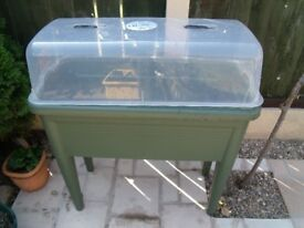 SEED PROPAGATOR VERY GOOD CONDITION