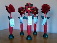 Vigar Quality Flower Pot Brush. Strong and Durable. Wash up in Style. Set of Five.