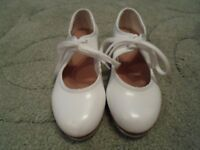 Childrens Bloch tap shoes