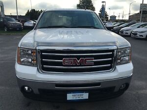 2013 GMC Sierra 1500 SLT| 4x4 Sunroof Kingston Kingston Area image 8