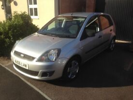 Choice of 2 Ford Fiesta's both 2006 1.4 Zetec 5dr both run and drive like new