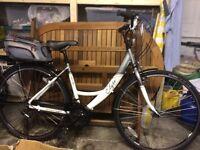 Apollo Elyse Comfort Ladies/Girls Hybrid bike