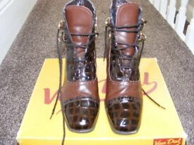 Ladies Brown Leather Ankle Boots Size 4 & A Half.