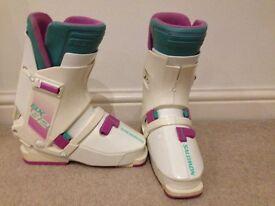 Salmon Ski Boots SX 82 size 4 very good condition.