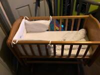 Baby's rocking cot 50 quid Ono