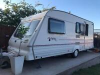 Bailey Pageant Champagne 1999 4 Berth