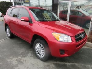 2012 Toyota RAV4 AWD SUV WITH MOONROOF