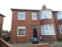 North Fenham.Newcastle upon Tyne.3 Bed Immaculate Modern Lower Flat.No bond! Dss welcome!