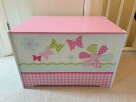 Toy storage box butterflies and flowers