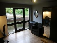 Double Room available in shared flat suiting mature student or employed person