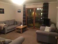 Three bedroom flat to rent on Kelvinhaugh Street, Finnieston. £1150 pcm. Available from Jan 2018
