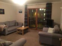 Three bedroom flat to rent on Kelvinhaugh Street, Finnieston. £1150 pcm. Available from Jan 2018