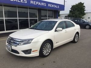 2010 Ford Fusion Hybrid MINT CONDITON MUST SEE