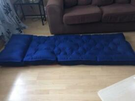 air bed / blow up bed