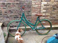 Pitango fixed gear ladies green bike with brown leather saddle gorgeous!
