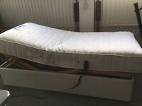 Electrically adjustable single bed with mattress