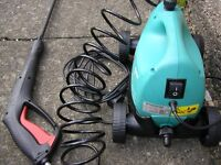 Bosch Aquatak Pressure washer, complete kit, little used, wheels for easy access across surfaces