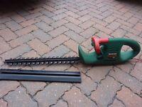Hedge trimmer/cutter (Qualcast Hedgemaster 420)