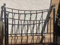 5ft wide Black and Chrome Bed Frame