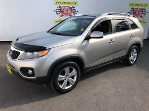 2013 Kia Sorento EX, Navigation, Panoramic Sunroof, AWD