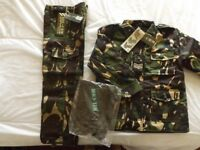 Kids combat outfit, suitable for 6-8yrs (Brand new )