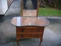 dressing table (Retro)
