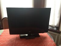 "LG 32"" TV for sale"