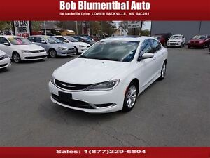 2015 Chrysler 200 C Leather, Pano Roof, V6, Loaded Financing Ava