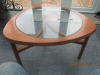 GENUINE 1970S CLOVER LEAF TEAK COFFEE TABLE IN EXTREMELY GOOD CONDITION.