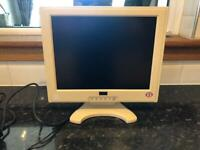 15 inch pc / computer / laptop monitor